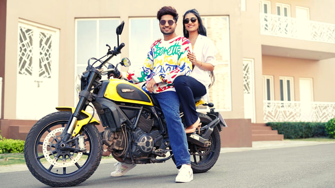 Oye Hoye Hoye Lyrics – Jassie Gill And Simar Kaur | Avvy Sra | Happy Raikoti | Lyricsinera